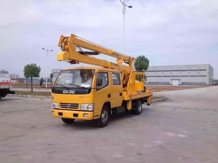 东风小多利卡12米高空作业车
