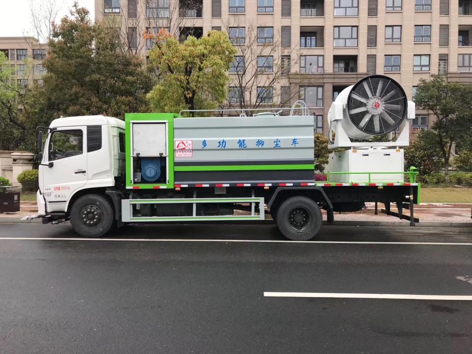 东风天锦大型抑尘车